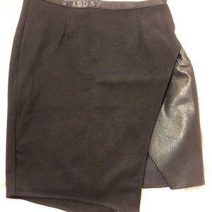 Women's black faux leather asymmetrical skirt